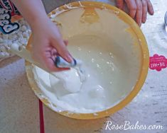 How to Make Homemade Marshmallow Fondant MMF 08 Best Buttercream Frosting, Marshmallow Frosting, Cake Icing, Eat Cake, Fondant Flower Cake, Fondant Cakes, Fondant Rose, Fondant Baby, Cake Flowers