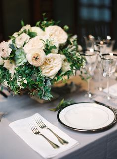 Gorgeous flowers by Poppies & Posies - http://poppiesandposies.com/ | Photography by Bryce Covey - http://brycecoveyphotography.com/