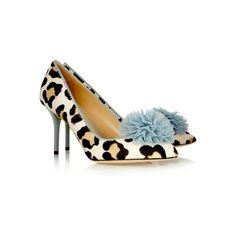 Desirée Pumps aus Kalbshaar mit Leoparden Print http://shop.stylebook.de/p/desiree-pumps-aus-kalbshaar-mit-leoparden-print?ein=yr65xh314wocnpi9