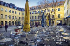 theatinerhof ,munich(DSCF8105-2.jpg) - Theatiner couryard on Odeonplatz during winter.model release form available upon request.