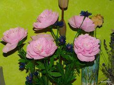 Kwiaty z bibuły - piwonie i chabry