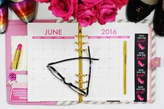 Paper & Glam - The Glam Planner 2016 - Horizontal Monthly.