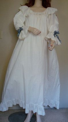 Antique Victorian Cotton Lace & Batiste Flowing Bell Sleeve Nightgown Tea Dress #handmade