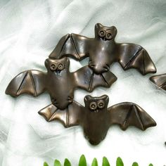 TRICK or TREAT! In honor of cute Halloween batties everywhere, 20% of all bat sales at Tupper's Perch will be donated to Bat World Sanctuary. October 31 only. As well, the pumpkins and spiders will be included in today's fund raiser!  All items included in this donation sale can be found here:  https://www.etsy.com/shop/TuppersPerch/search?search_query=bat&order=date_desc&view_type=gallery&ref=shop_search
