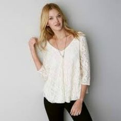American Eagle Outfitters Lace V-neck Swing Top OFF WHITE