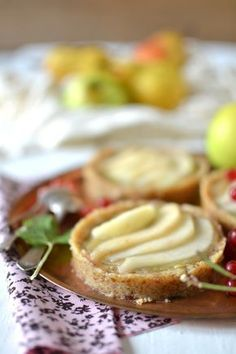 33 Ideas Fruit Desserts Gluten Free Sweets For 2019 Healthy Fruit Desserts, Raw Desserts, Vegan Dessert Recipes, Healthy Fruits, Vegan Recipes Easy, Raw Food Recipes, Gluten Free Recipes, Healthy Food, Gluten Free Sweets