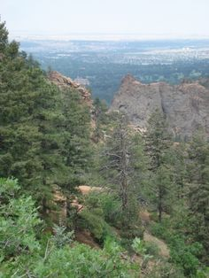 Hiking trails in Colorado Springs