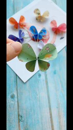 Diy Crafts Hacks, Diy Crafts For Gifts, Paper Crafts For Kids, Diy Arts And Crafts, Creative Crafts, Fun Crafts, Rock Crafts, Paper Flowers Craft, Flower Crafts