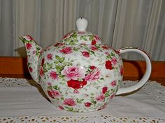 Maxwell William Rose Teapot for hire from highteahire.co.nz