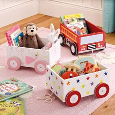 Designed to make reading more fun, this cute Kids' Book Cart keeps all their favourites facing forwards. Explore more kids' book storage options today at GLTC. Toy Storage Boxes, Book Storage, Storage Cart, Toddler Room Organization, Diy Cadeau Noel, Wooden Toy Boxes, Kids Wood, Cute Toys, Baby Kind