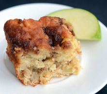 Recette de Moëlleux au yaourt et aux pommes avec ruban de cannelle