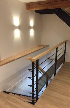 #décoration #metallic #design #architecture #house #maison #inspiration #appartmentherapy #madecoamoi #interior4all #escalier #acier #industriel #peinture #savoie #hautesavoie #frenchalps #annecy #interiordesign #interieur #robi #chalet House Staircase, Modern Staircase, Staircase Design, Balcony Railing Design, Stair Railing, Mini Loft, Stair Decor, Floating Stairs, Attic Remodel