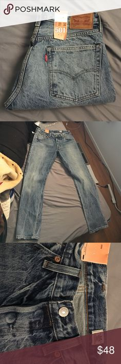 NWT Vintage Wash Levi's 501's NWT Vintage Wash Levi's 501's with distressed hems. Please refer to the measurements in the pictures! If you need more leave me me a comment I will provide them. Wash is an acid like wash from the 80's and has a boyfriend fit to them. Never been worn! Levi's Jeans Boyfriend