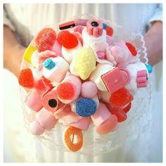 Belle Époque Wedding Diary: Hääkimpuksi tosi makea itsetehty karkkikimppu