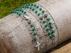Rosebud Rosary   Artbeads.com