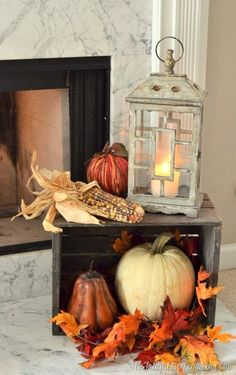 The Best Easy DIY Outdoor Halloween Decor - Twins Dish Diy Deco Halloween, Outdoor Halloween, Fall Halloween, Diy Halloween Decorations, Fall Decorations, Halloween Porch, Scary Halloween, Autumn Decorating, Porch Decorating