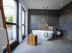Penthouse: moderne Badezimmer von honey and spice Cheap Bathroom Remodel, Cheap Bathrooms, Amazing Bathrooms, Master Bathrooms, Master Bedroom, Contemporary Bathroom Designs, Modern Bathroom, Bathroom Ideas, Bathroom Interior Design