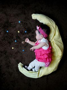 New baby pictures art newborn pics Ideas Monthly Baby Photos, Newborn Baby Photos, Baby Poses, Baby Girl Photos, Newborn Pictures, Photo Bb, Jolie Photo, Newborn Photography Poses, Newborn Baby Photography