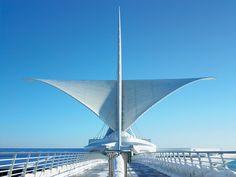 Santiago Calatrava - Milwaukee Art Museum, Milwaukee, WI