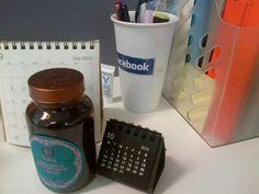 My tea and calendars :) #myawesomedeskg14