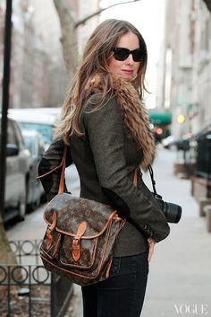 Love Louis Vuitton bags that are old with darkened leather. This bag is slouchy and looks very roomy.