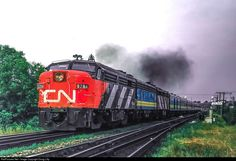Net Photo: CN 6764 Canadian National Railway MLW at Brockville, Ontario, Canada by Doug Lilly Via Rail, Canadian National Railway, Railroad Photography, Train Engines, Rolling Stock, Train Journey, Diesel Locomotive, Jazz Age, Lake Erie