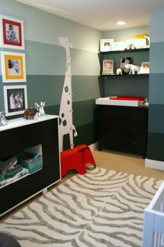 IHeart Organizing: Reader Space: Oh Baby! An Organized Nursery