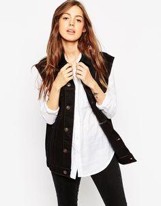 ASOS | ASOS - Gilet di jeans stile girlfriend nero con cuciture a contrasto su ASOS