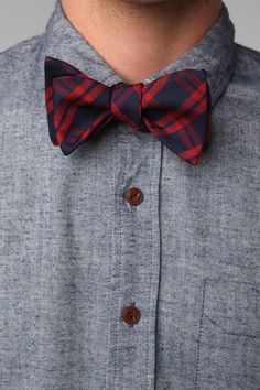 Gray button up w/ wool plaid bowtie from Urban Outfitters! #groomstyle #winterwedding