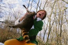 Buddy the elf getting attacked by a raccoon Elf Movie, Christmas Tree Lots, Christmas Movies, Merry Christmas, Christmas Collage, Christmas Christmas, Will Ferell, Will Ferrell Elf, Noel