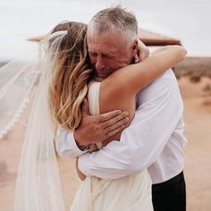 I love all the beautiful & creative details we share #onGWS but I also love the sweet moments. This photo by @jordanvoth is why you want to have an amazing photographer there to capture your day. This was right after India's dad saw her in her dress  This whole wedding was amazing (you can see it with the link in our profile) but I keep coming back to this photo... #GWSweddingMoments #fatherofthebride by greenweddingshoes
