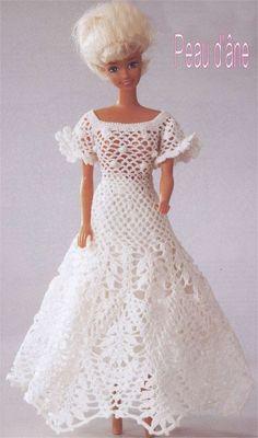 Crochtalong Barbie robe