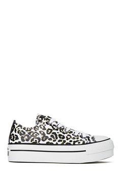 Chuck Taylor All Star Flatform Sneaker - Leopard at Nasty Gal