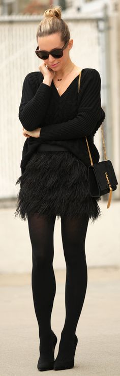 new years eve outfit idea feather skirt brooklyn blonde square Brooklyn Blonde, Fashion Mode, Look Fashion, New Fashion, Denim Fashion, Look 2015, Winter Stil, New Years Eve Outfits, Inspiration Mode
