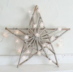 Star and clear daisy light garland