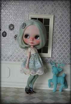 Blythe Custom OOAK doll poupée d'art peintes main par AlmondDoll