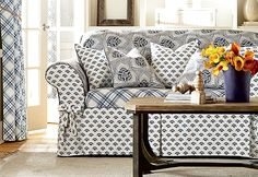 The Amelie collection playfully mixes three graphic prints (plaid, floral and foulard patterns) in a clean, French Country style.