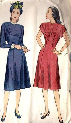Misses Princess Line Dress Vintage Sewing Pattern, Simplicity 1779 bust 34 1940s Vintage Dresses, Vintage Dress Patterns, Vintage Outfits, 1940s Fashion, Vintage Fashion, Princess Line Dress, Moda Vintage, One Piece Dress, Classy Dress