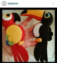 Felt Crafts Diy, Bird Crafts, Felt Diy, Fabric Crafts, Crafts For Kids, Fabric Animals, Felt Animals, Felt Bookmark, Felt Gifts