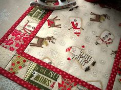 Holiday Stitches II.  Red -  (sada 2 ks)