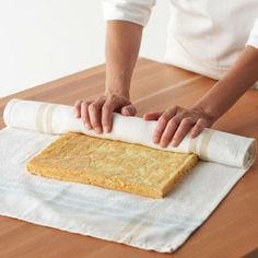 How to make a cake roll