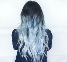 Looking for a surprising new hair color that's fit for any season? From blue pastel hair to cool shades of aqua, you'll love these light blue hair color ideas. Onbre Hair, Dye My Hair, New Hair, Curly Hair, Pelo Color Azul, Hair Color Blue, Colored Hair, Black Hair Blue Tint, Ombre Hair