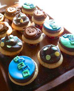 Monkey theme baby shower cupcakes