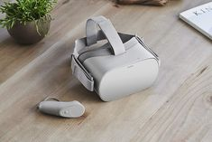 Oculus Go headset which is recently launched in two dozen countries across the globe. The Oculus Go is one of the few standalone virtual reality headset which is going to be popular for its extravagant features. Vr Headset, Virtual Reality Headset, Augmented Reality, Ps4, Oculus Vr, Smartphone, Amazon Prime Day, Ready Player One, News Apps