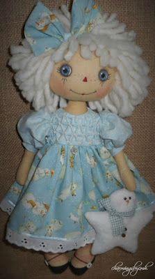 Snowman Annie with smocked dress ~ charmingsbycmh Scarecrow Doll, Raggedy Ann And Andy, Primitive Folk Art, Soft Dolls, Fabric Dolls, Softies, Annie, Baby Dolls, Snowman