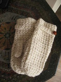 star stitch crochet mittens - need to figure out how to make these