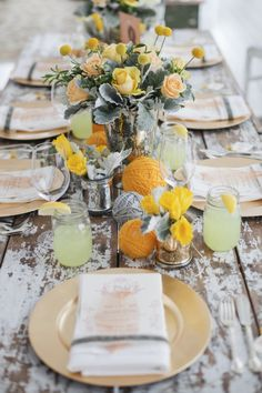 Back to Main Wedding Tablescapes Gallery Read more - Gorgeous Rustic wedding table setting ideas. Wedding Centerpieces, Wedding Decorations, Wedding Tables, Centerpiece Ideas, Decor Wedding, Beautiful Table Settings, Yarn Ball, Yellow Wedding, Wedding Colours