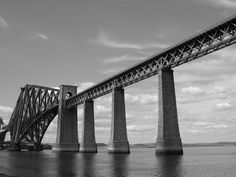 Forth Bridge, Edinburgh, Scotland