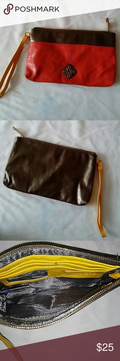 Simply Vera Vera Wang Clutch Preowned Simply Vera Vera Wang Bags Clutches & Wristlets