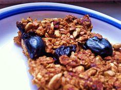 Így készül a házi müzliszelet - Dívány Insulin Resistance Diet, Granola Bars, Oatmeal, Paleo, Sweets, Cereal, Vegetables, Eat, Cooking